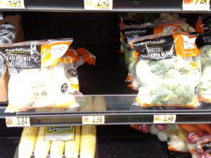 cauliflower and broccoli packages in store