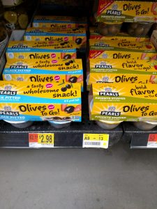 Pearls Olives to Go in store