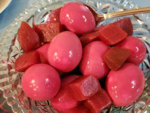 Red beet eggs