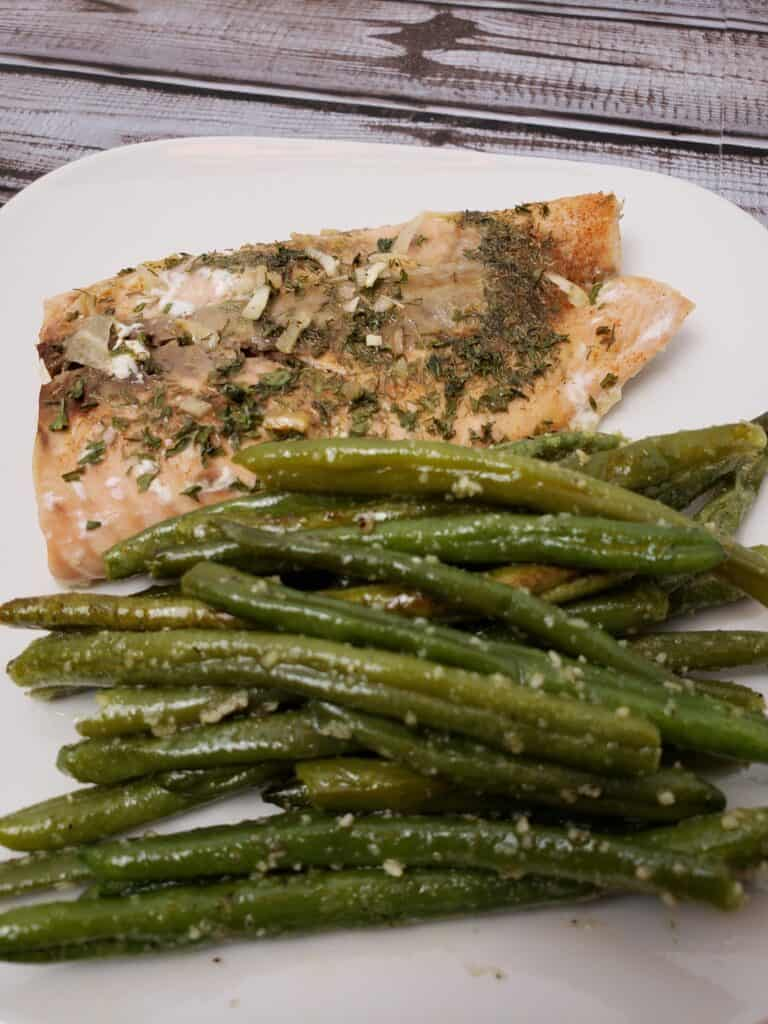 Roasted Parmesan Green Beans with salmon