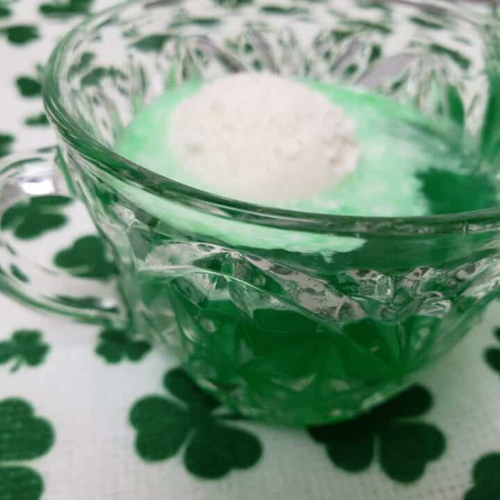 Low Carb St. Patrick's Day Punch